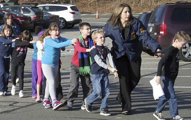 sandy-hook-elementary-evacuation1